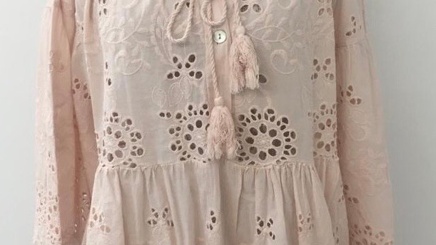Blush embroidery anglaise