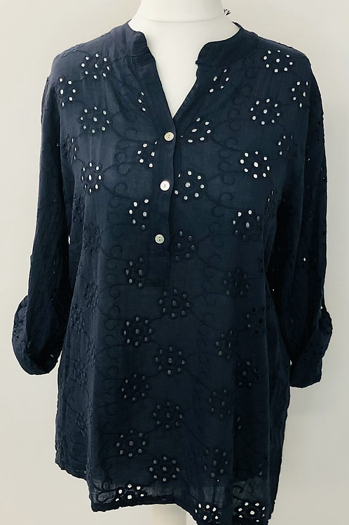 Embroidery anglaise blouse navy