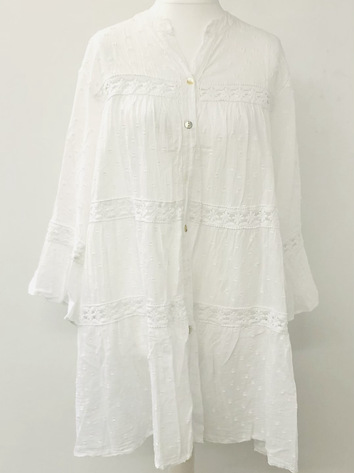 Dotty long tunic in white