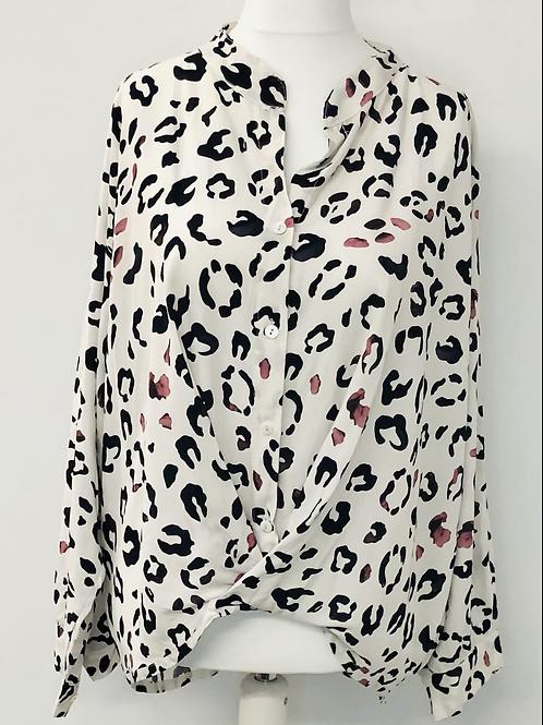 Leopard knit blouse