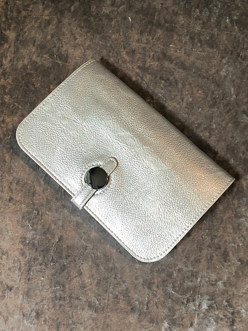 Wallet silver