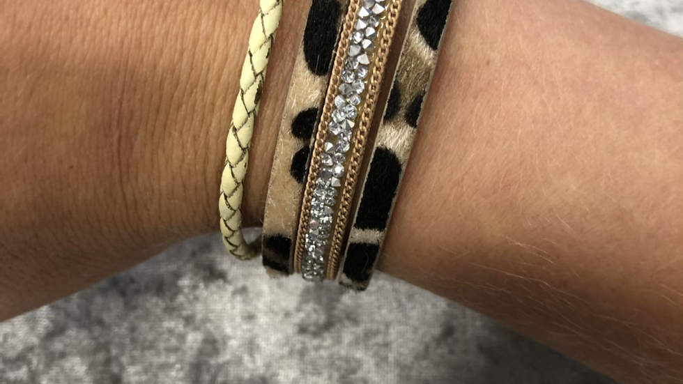 Leopard faux leather wrap