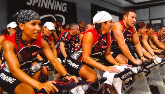 Varna, energična in intenzivna kolesarsko vadba na Spinnerjih®.