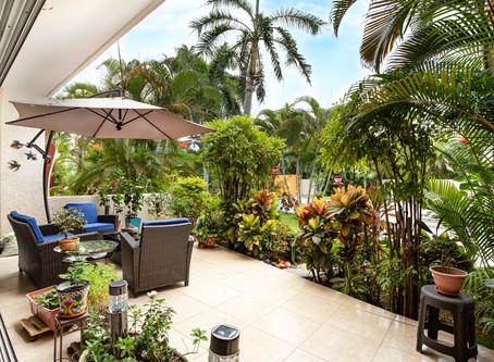 Recently listed 2 bedroom condo in Las Glorias