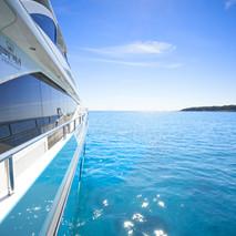 30m-exterior-turquoise-hull-my-anka-7 copy.jpg
