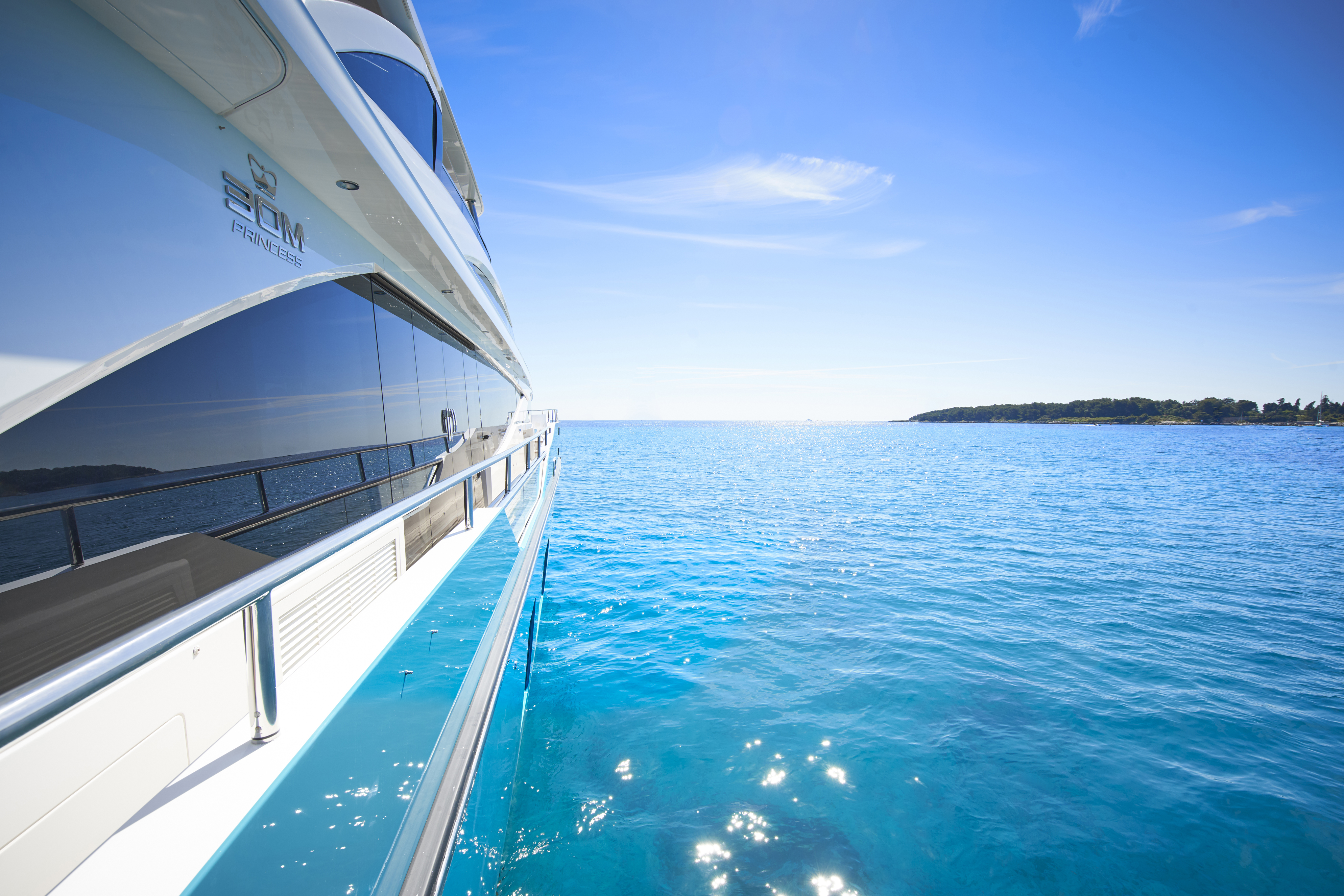 30m-exterior-turquoise-hull-my-anka-7 co