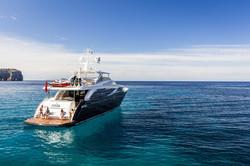 30m-exterior-blue-hull-22 copy