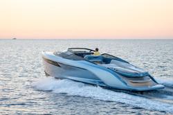 r35-exterior-ice-blue-hull-3