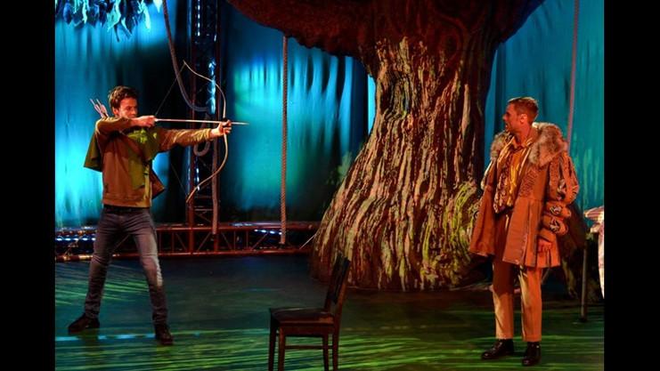 """Fin artikkel om """"Jeg er Robin Hood"""" i Hamar Arbeiderblad"""
