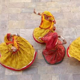 samode-palace-women-wearing-colourful-saris-dancing-model-and-property-released_ssmfqvs1m__F0004.png