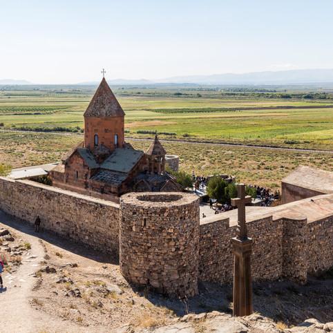 Monasterio_Khor_Virap,_Armenia,_2016-10-