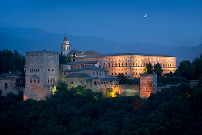 la-alhambra-at-night-bryan-allen.jpg