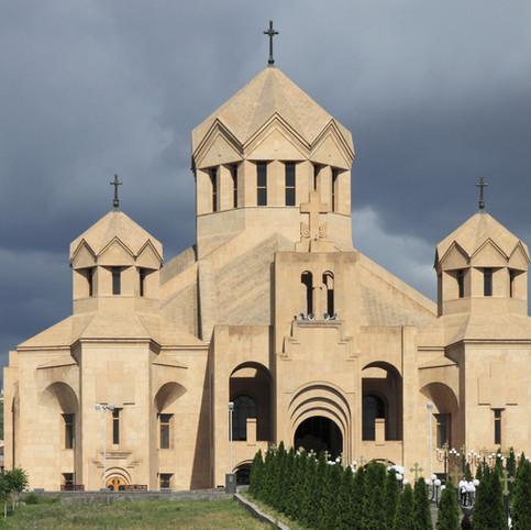 2014_Erywań,_Katedra_św._Grzegorza_Oświe