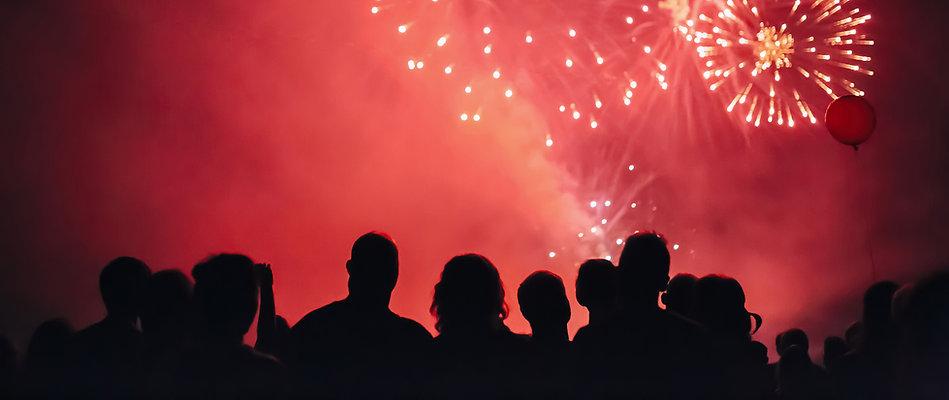 Fireworks-parallax-bgd.jpg