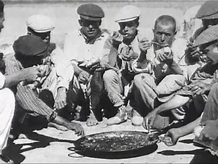 A Brief History of Paella