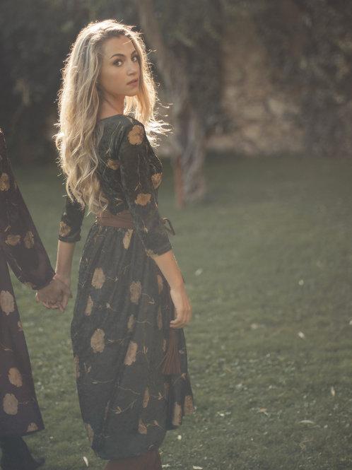 Johanna - Midi Velvet Dress