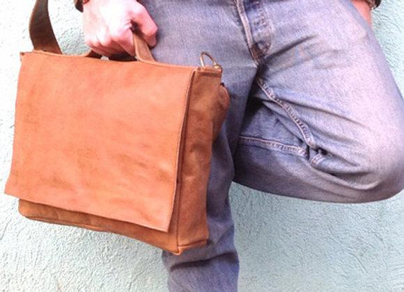 Camel Brown Leather Messenger Bag