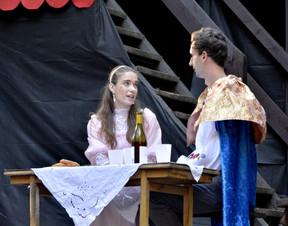 Princezna Lenka (Anita Bonková) a Jiřík (David Dobeš)