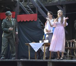 Čert (Aneta Cimirotová), Jiřík (David Dobeš) a princezna Lenka (Anita Bonková)