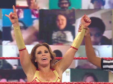 Mickie James eyes Raw Women's Championship, Asuka