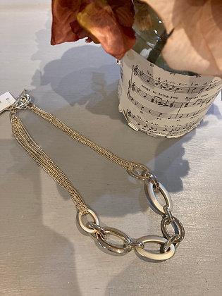 Envy Short Gold Ring link Necklace