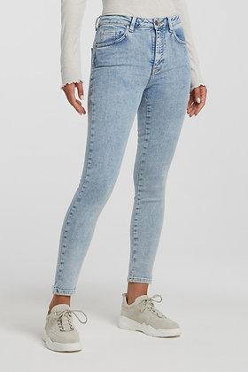 YaYa Pale Wash Mid Rise Jeans