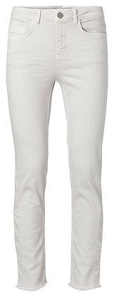 YaYa Bone White Jeans With Frayed Hem