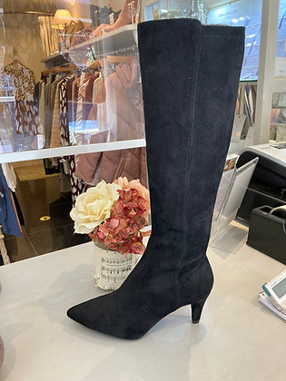 Unisa Long Black Suede Stretch fit Boots .