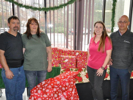 We sponsored a CHRISTMAS WISH FAMILY for 2015!