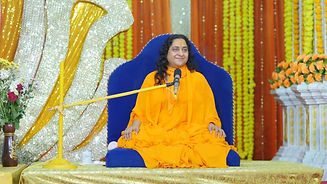 HH Raseshwari Devi Ji giving spiritual Discourse