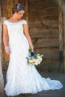 Dickard Bride w Boquet.jpg