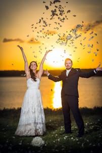Wedding-celabrate-roses.jpg