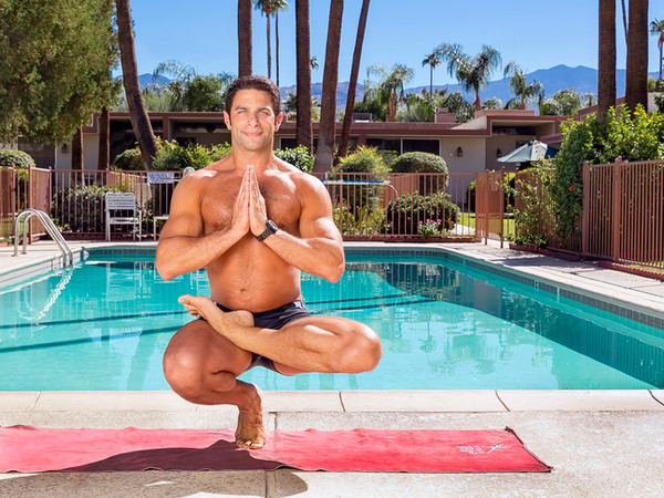 Tom_Dean_POOL_Yoga_203.jpg