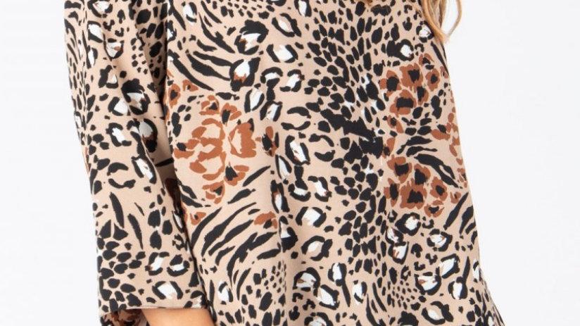 Leopard print dip hem top