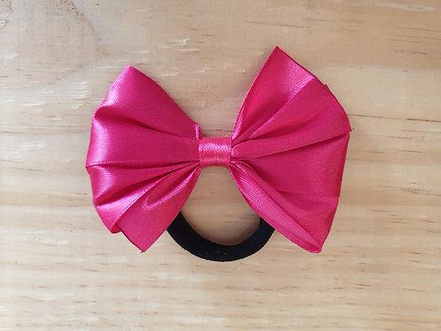 Plain bows on elastic medium