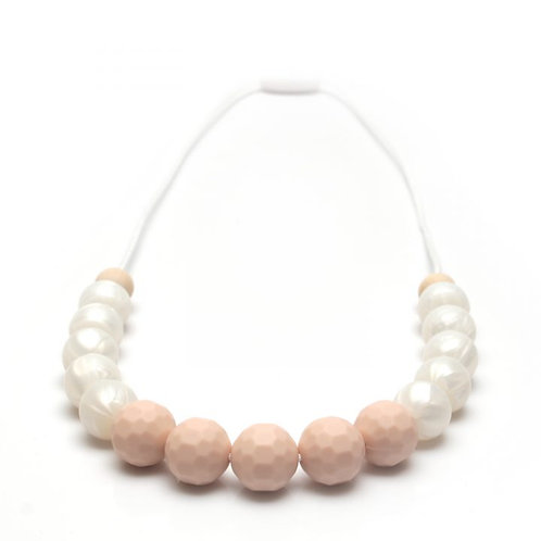 White Pearls Mommy Necklace