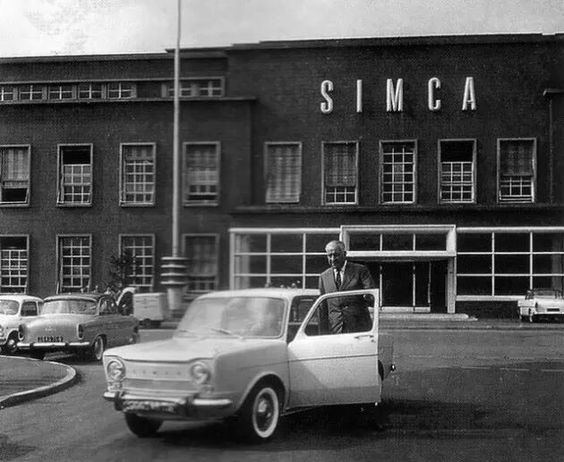 Promotional Photo - Simca 1000