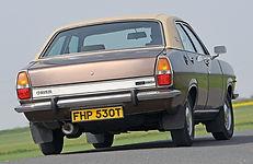 Chrysler 180 1.jpg