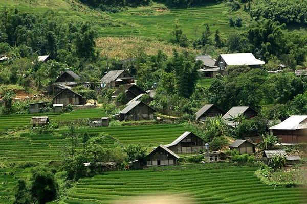 Mai Chau Travel Guide ban-lac-mai-chau1.jpg