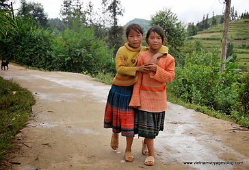 The children in Ban Pho village.JPG
