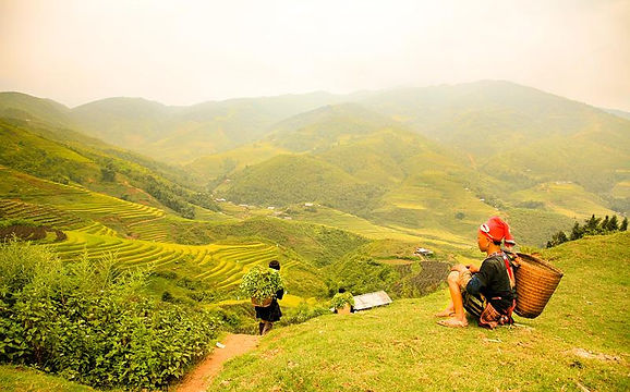 Sapa travel guide muong-hoa-valley-people.jpg