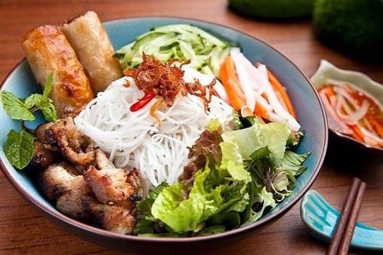Bun Thit Nuong Cha Gio sai gon Vietnamese Food
