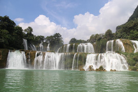 Ban Gioc Waterfall The hidden places in Northern Vietnam