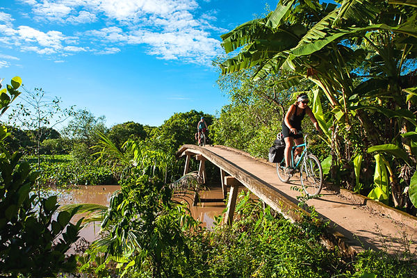 cycling-to-mekong-delta racking ideas for Christmas days out in Vietnam