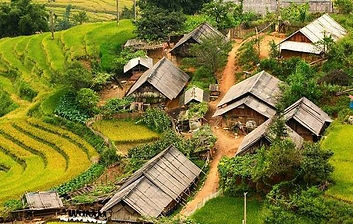 the houses in Ta Van.jpg
