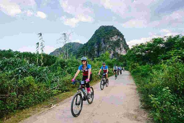 vietnam cycling tour racking ideas for Christmas days out in Vietnam