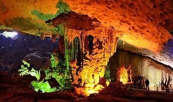 surprise-cave-halong-bay.jpg