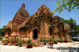 Po-Nagar-Cham-Towers the hidden places in central vietnam