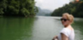 ba_be_lake_cruise.jpg