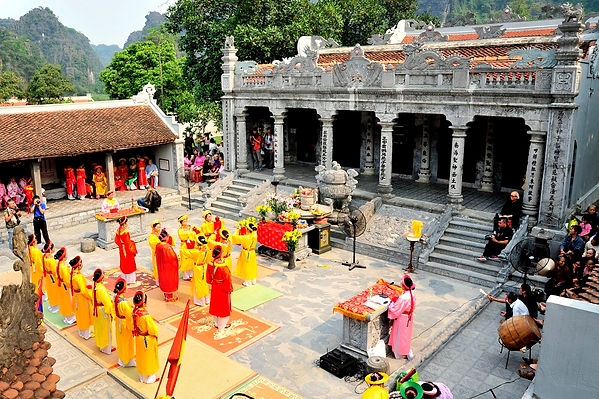 festival in thai vi temple.jpg